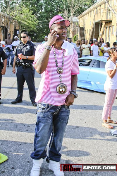 Gucci Mane – Timothy (Produced by Zaytoven) (NO DJ)
