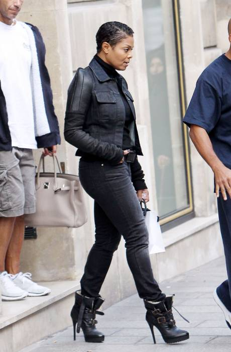 Janet Jackson Lives It Up In Paris With Boyfriend!