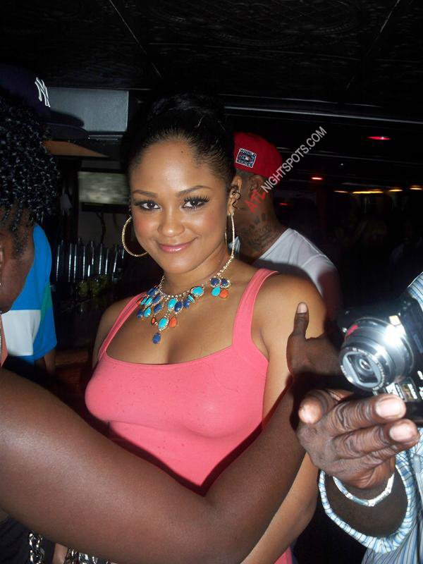 maliah_michel_stuntin_on_the_hudson_boat_cruise_pics_34