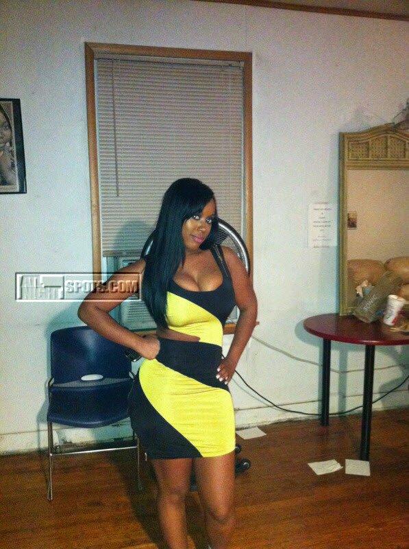 Secret moneii x Cat Wa... Rihanna Age
