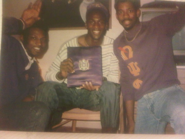 ... pledged Omega Psi Phi Shaquille O'Neal and Vince Carter are Ques