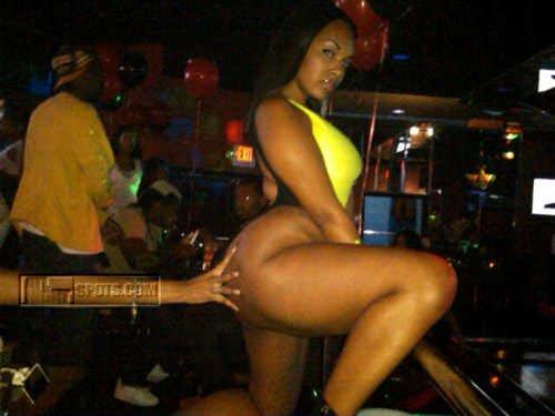 strip clubs black oakland