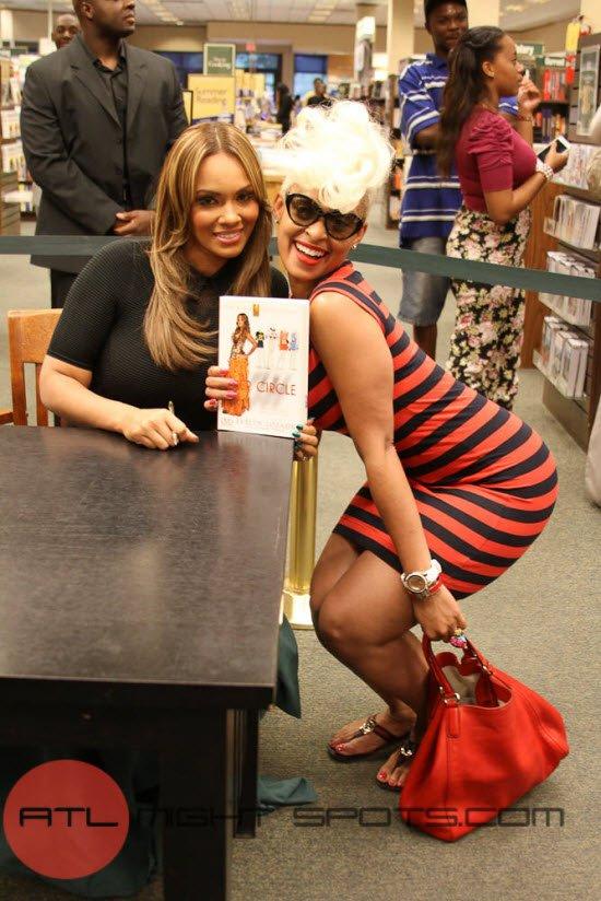 Evelyn Lozada's Inner Circle Book Signing Atlanta (12 of 17)
