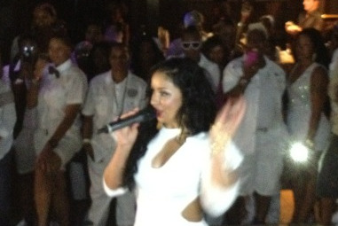 @missmya winning the crowd