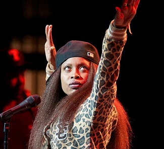 No wonder why Erykah Badu's ex-bfs go crazy... - Blackgirl Online 2012-10-08 17-47-53