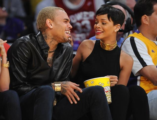 rihanna-chris-brown-christmas-knicks