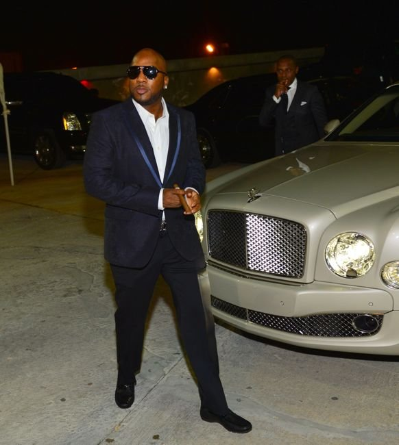 Jeezy-arriving-to-hennessy-V.S-NYE-Takeover