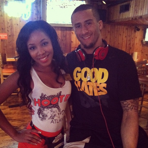 colin-kaepernick-hooters-atlanta