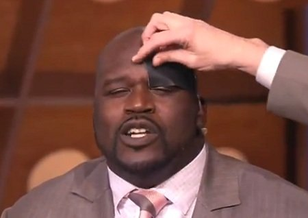 shaq-duct-tape-eyebrows