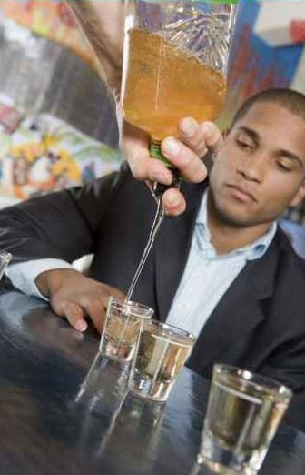 black-people-drinking-alcohol