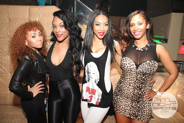 http://www.atlnightspots.com/wp-content/uploads/2013/05/YG-Hosts-Cream-Lounge-FridayLounge-Wednesday-90-of-222.jpg