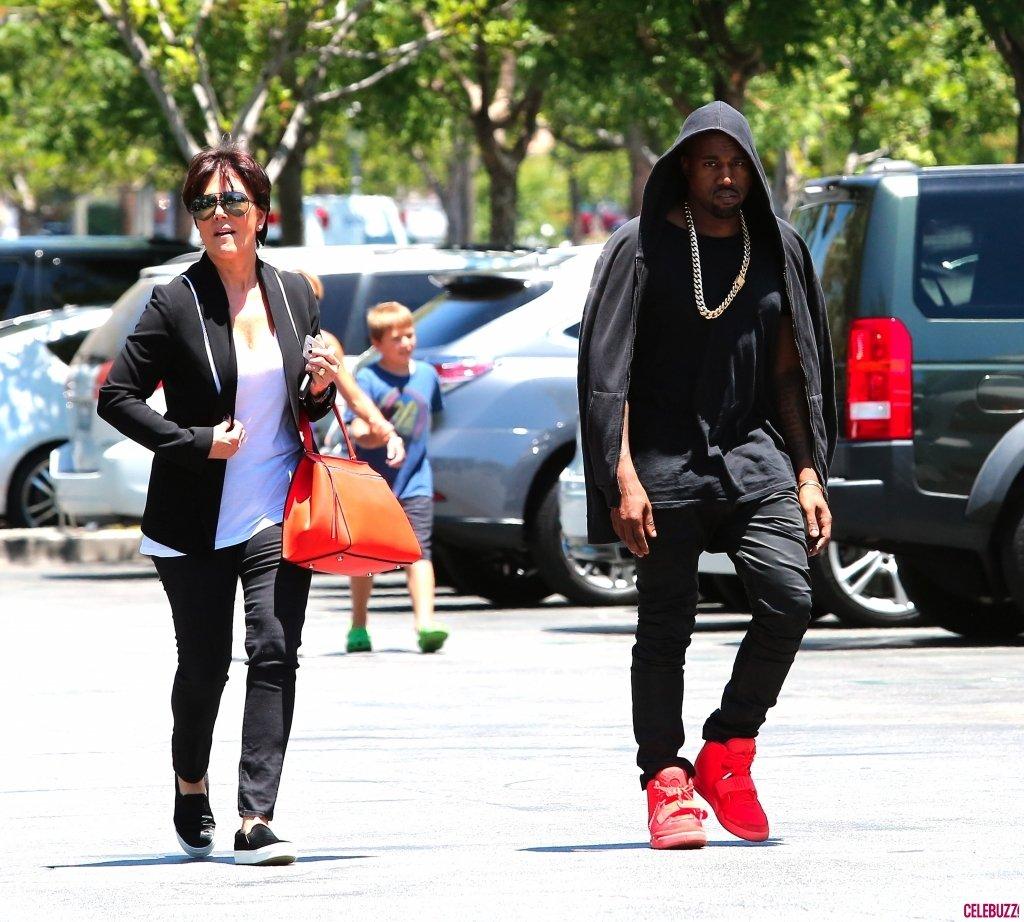 Kanye-West-Kris-Jenner-1024x922