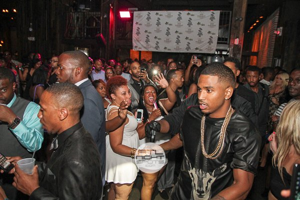 Video James Harden Trey Songz Celebrated Kevin Hart S