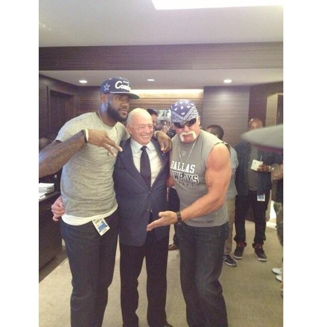 lebron-james-jerry-jones-hulk-hogan