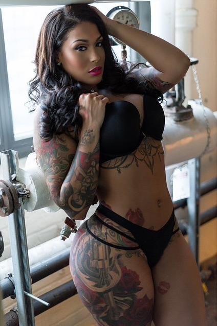 Tatted Up Holly Looking Photo Shoot Fresh – Atlnightspots