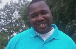 alton-sterling_aa36308581c2800f32f00bee0c1e6052.nbcnews-ux-320-320