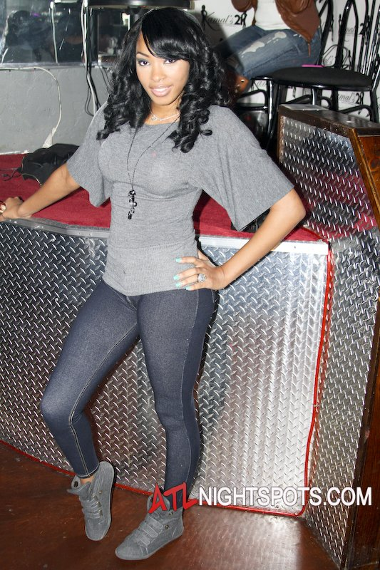 Maliah Michel in Kamals 21 strip club pictures