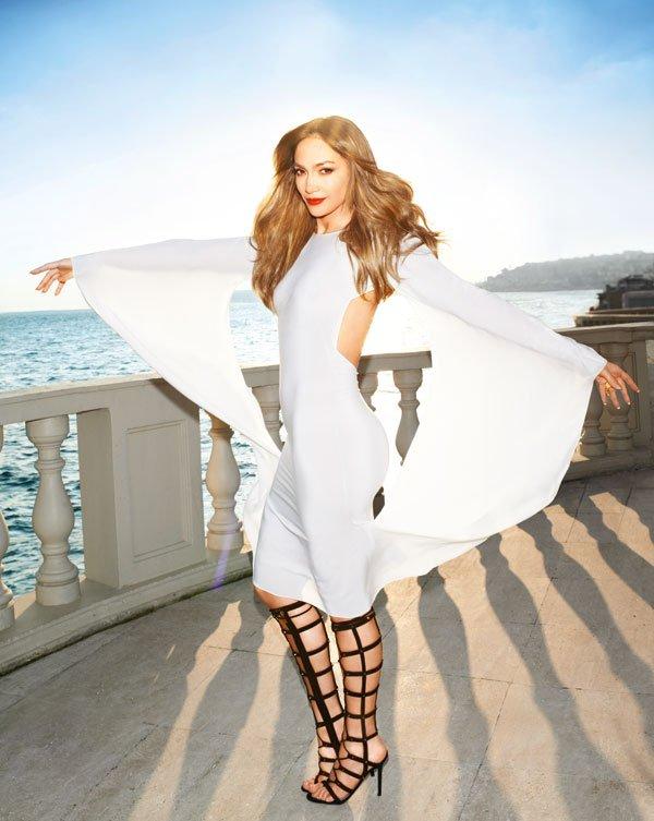 07-Jennifer-Lopez-by-Katja-Rahlwes-for-Harper's-Bazaar-US-February-2013.